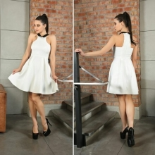 """Дамска рокля в бял цвят """"Кремен''"""