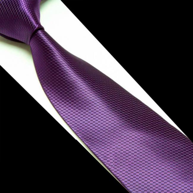 Лилава класическа вратовръзка