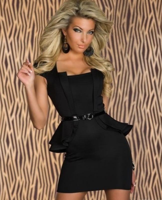Чисто черна вечерна рокля с колан
