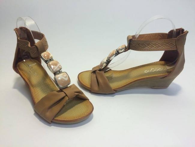 Нов модел сандали лято 2015 Код: 6512-9A Camel