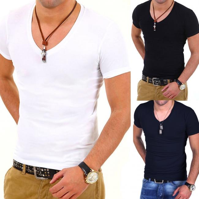 ТОП ОФЕРТА ! 3 броя на цена от 34.90лв Мъжки тениски с деколте