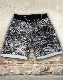 Къси памучни панталони с модерен принт - черни