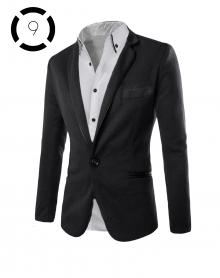 Комплект черно сако и изчистена бяла риза с черни ревери